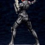 Kotobukiya Shepard atrás