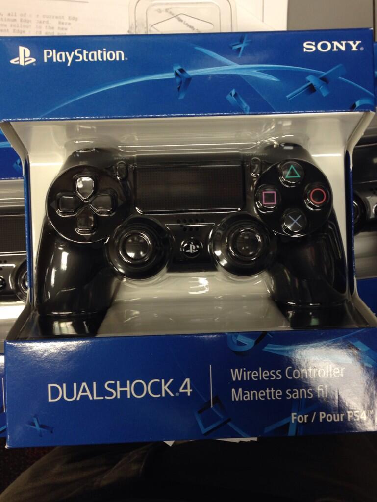 DualShock4-1