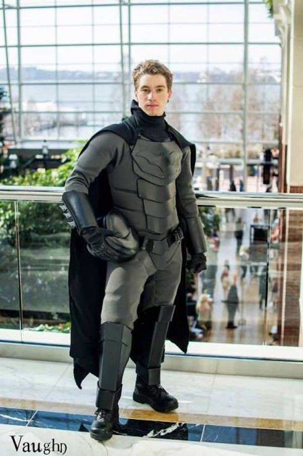 this-guy-made-a-combat-ready-batman-suit-image-2