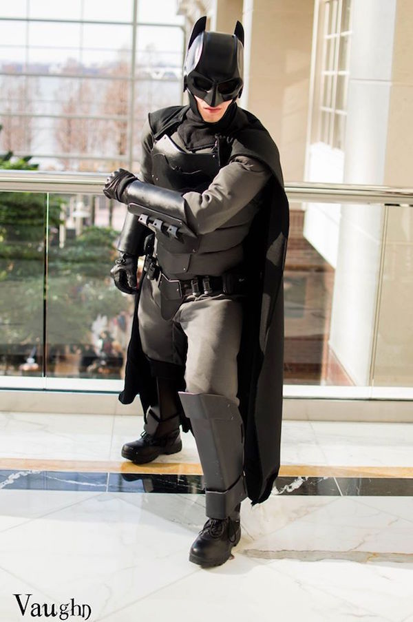 this-guy-made-a-combat-ready-batman-suit-image-3
