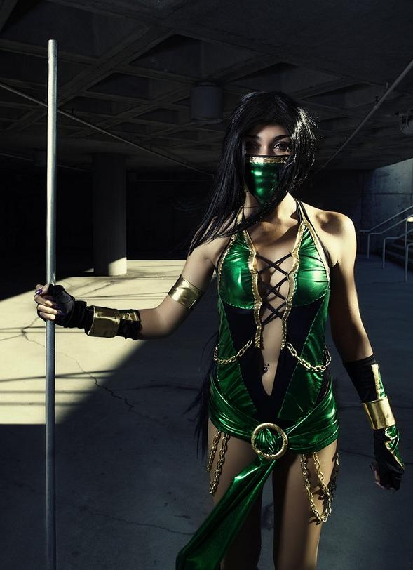 Jade-Mortal-Kombat-cosplay