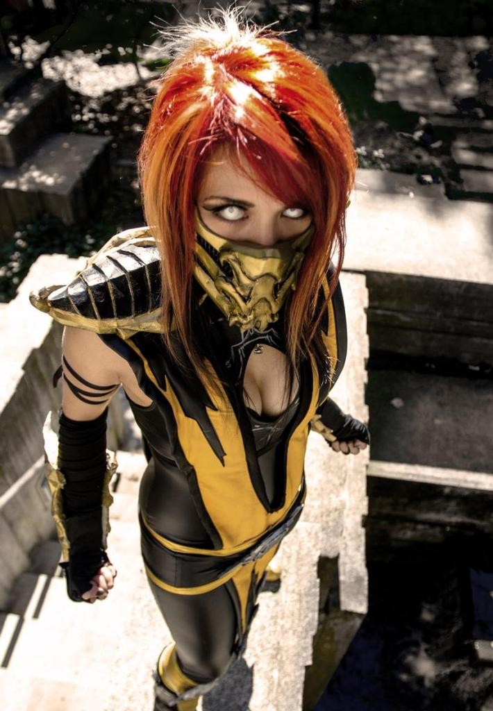 female-scorpion-cosplay-melissa-franklin-710x1024