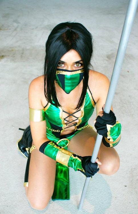 jade-cosplay-mortal-kombat