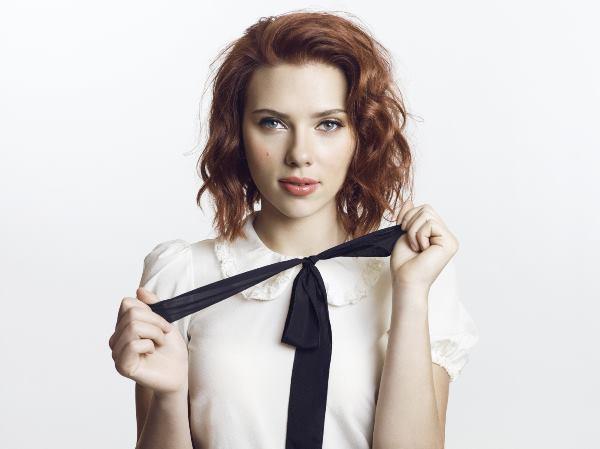 scarlett-johansson-school-girl