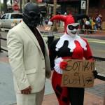 Comic-Con-2014-Cosplay-Black-Mask-Harley-Quinn-570×636