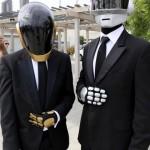 Comic-Con-2014-Cosplay-Daft-Punk-570×957