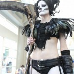 Comic-Con-2014-Cosplay-Lady-Death-e1406747680792-570×1015