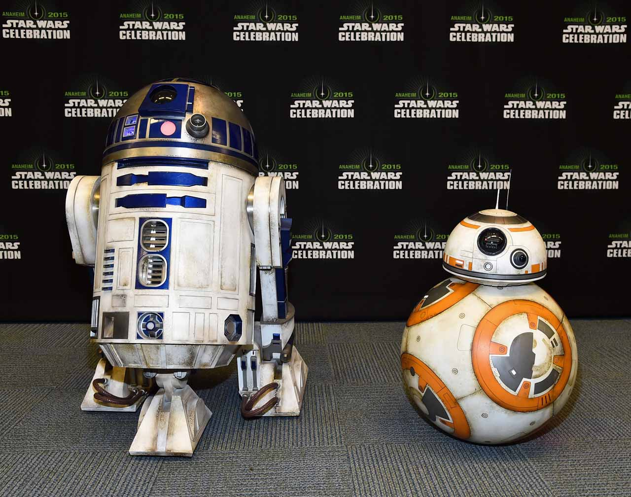 ANAHEIM, CA - APRIL 16: R2-D2 (L) and BB-8 attend Star Wars Celebration 2015 on April 16, 2015 in Anaheim, California. (Photo by Alberto E. Rodriguez/Getty Images for Disney) *** Local Caption *** R2-D2;BB-8