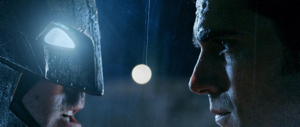 Publican emocionante clip de Batman V Superman
