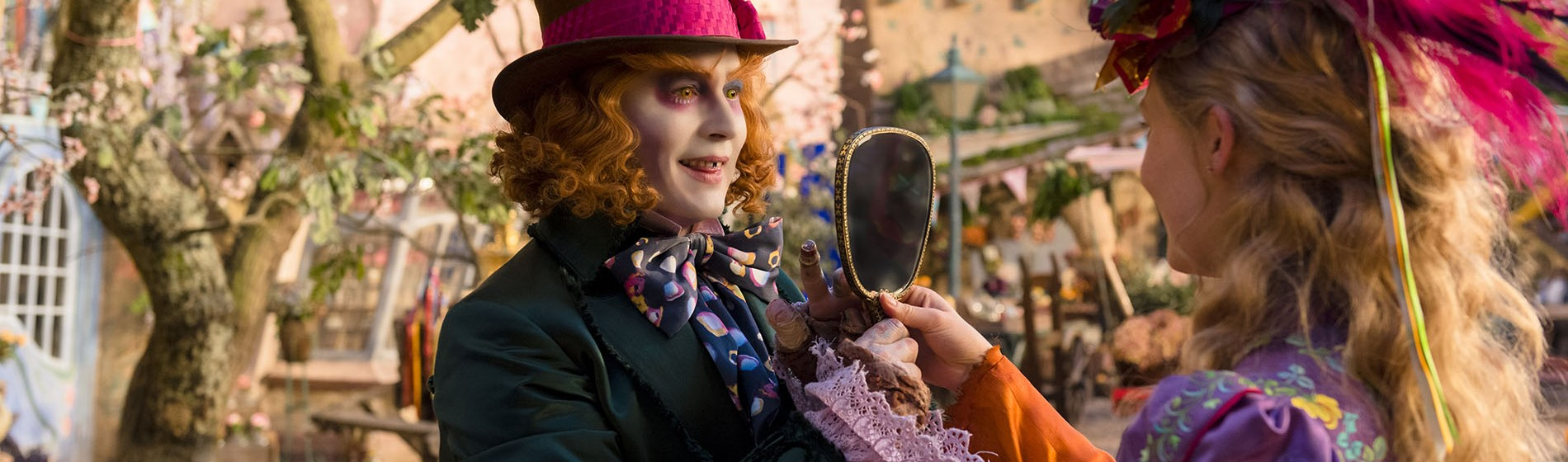 Alice-Through-The-Looking-Glass-Featured-1900x560-1464289798