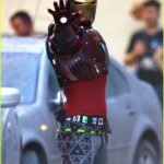 iron-man-wears-his-armor-in-new-avengers-infinity-war-set-photos-02