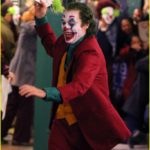 joaquin-phoenix-transforms-into-the-joker-filming-riot-scene-04