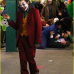 joaquin-phoenix-transforms-into-the-joker-filming-riot-scene-06