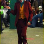 joaquin-phoenix-transforms-into-the-joker-filming-riot-scene-12