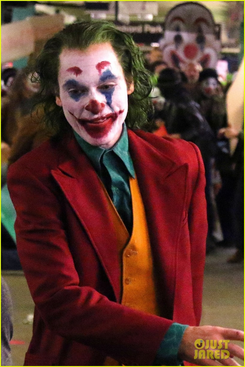 Filtran Escena Con Joaquin Phoenix Caracterizado Como El
