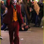 joaquin-phoenix-transforms-into-the-joker-filming-riot-scene-18