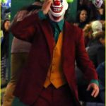 joaquin-phoenix-transforms-into-the-joker-filming-riot-scene-27