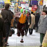 joaquin-phoenix-the-joker-movie-runs-02