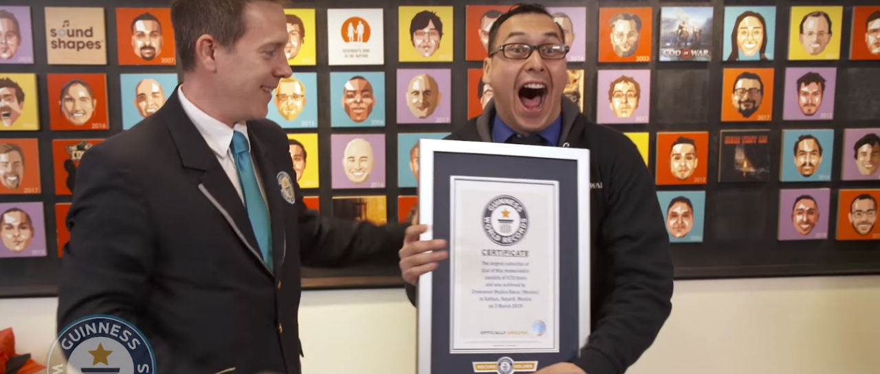 God of War Guinness Record Atomix