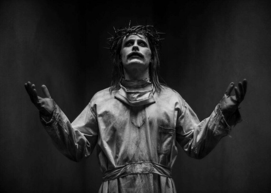 zack-snyder-justice-league-jared-leto-joker-jesus-christ-1257809